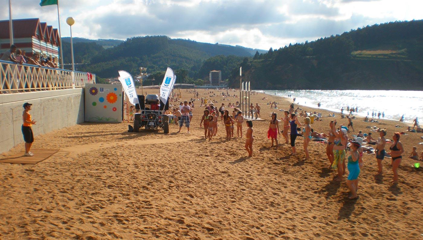 Aerobic en la playa en Bizkaia - Espectáculos Raspu